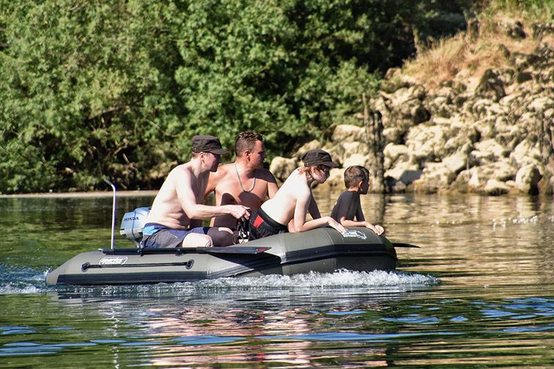 euro-som Nutria boat